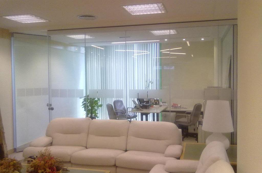 Instalación Despacho Cristal