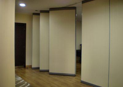 Torrejon Mono 2 400x284 - Instalación Centro de Negocios